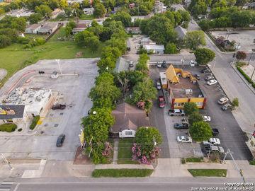 4406 W COMMERCE ST, San Antonio, TX, 78237,