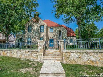 209 W El Prado Dr, San Antonio, TX, 78212,