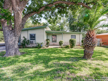215 RIVERDALE DR, San Antonio, TX, 78228,
