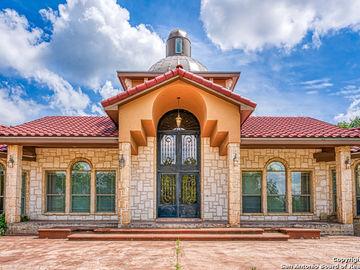 688 Private Road 7822, Natalia, TX, 78059,