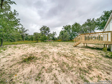 1222 County Road 6723, Lytle, TX, 78052,