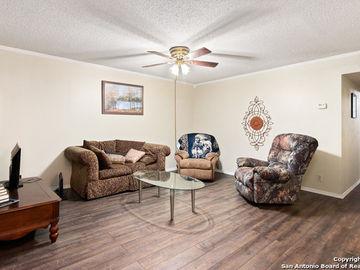 8702 VILLAGE DR #904, San Antonio, TX, 78217,