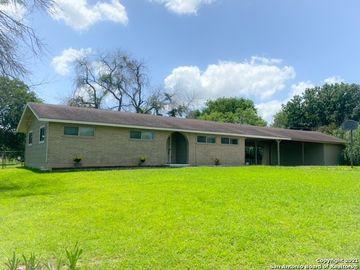 16 COMANCHE HILL CIR, Seguin, TX, 78155,
