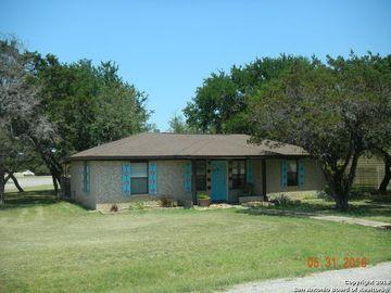 225 FRIENDLYWOOD DR, Canyon Lake, TX, 78133,