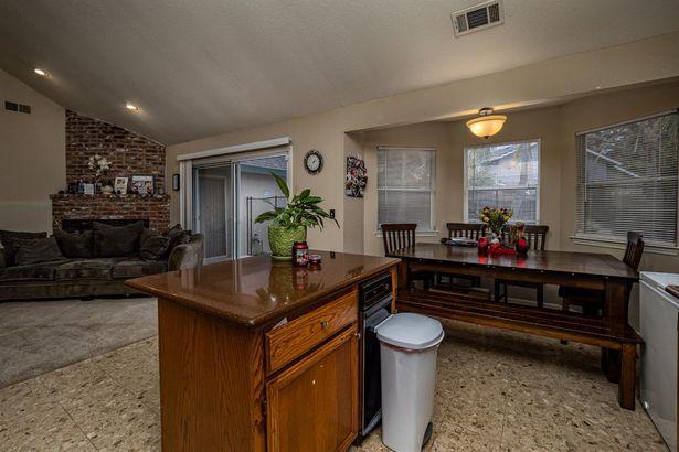 9382 Foulks Ranch Drive