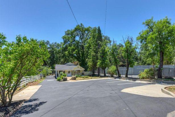 4520 Pleasant Valley Road