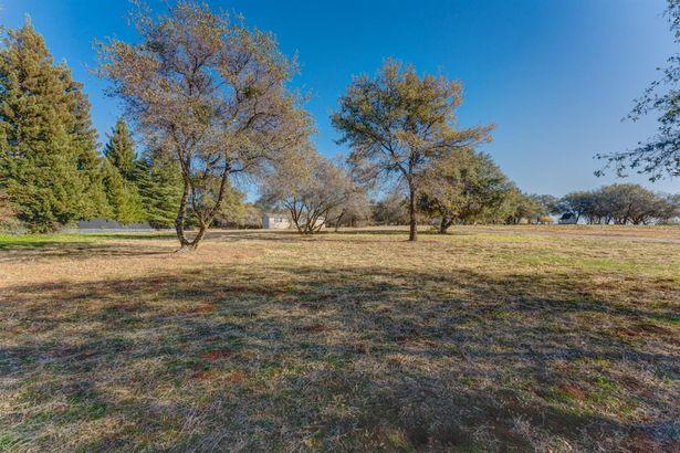 4673 Barnett Ranch Road