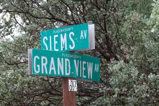 0 Siems & Grandview