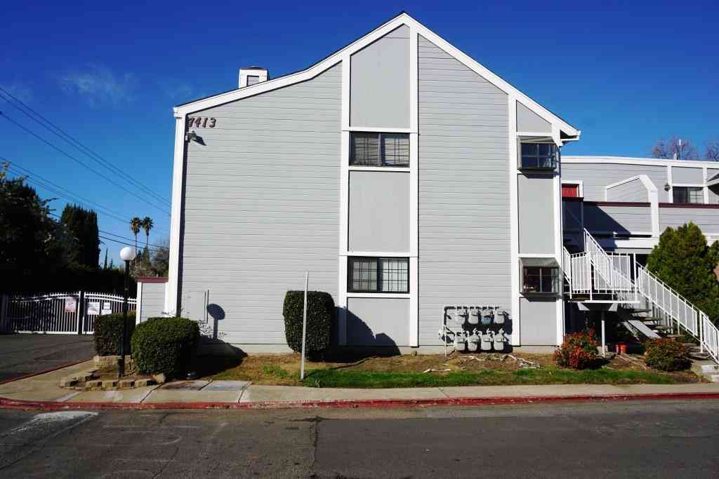 7413 Auburn Oaks Court #F, Citrus Heights, CA, 95621,