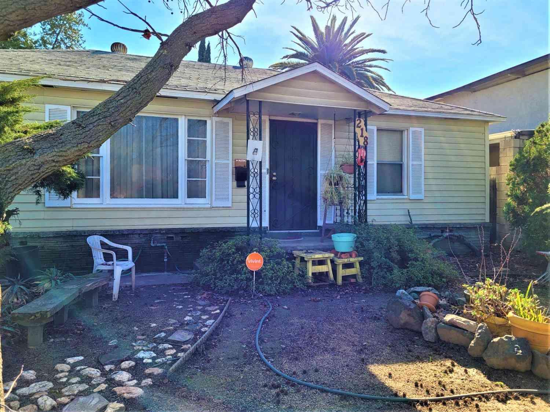 218 Santiago Avenue, Sacramento, CA, 95815,