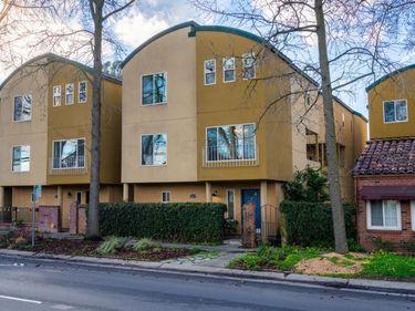 2204 5th Street, Sacramento, CA, 95818,