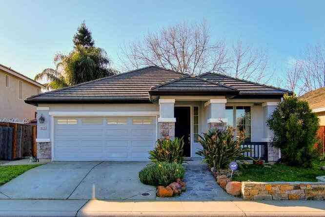 8033 Horncastle Avenue, Roseville, CA, 95747,