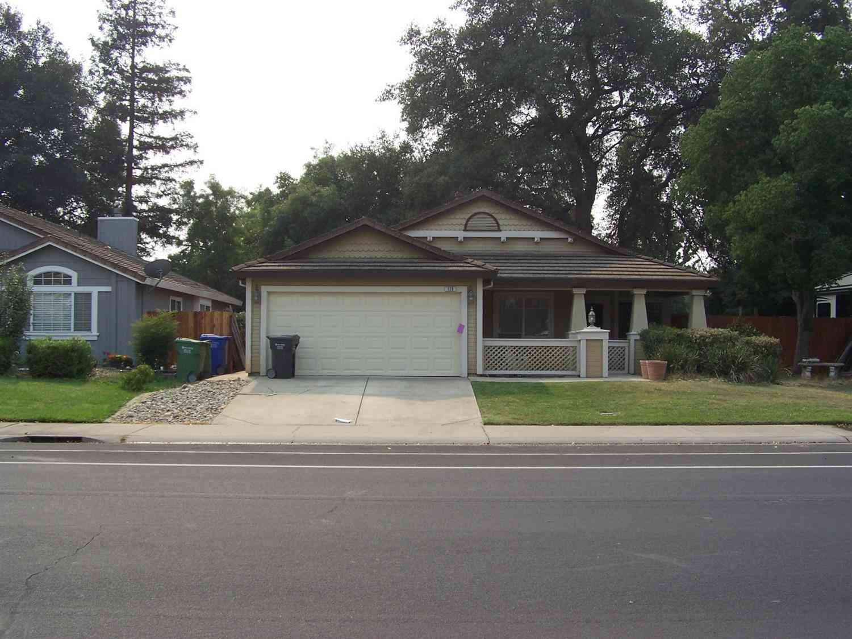 128 W C Street, Galt, CA, 95632,