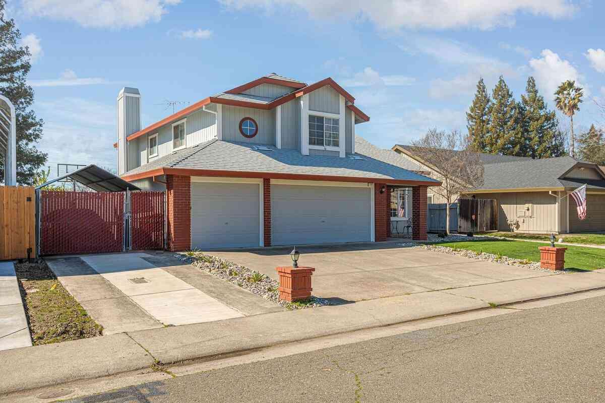 133 Garrett Drive, Folsom, CA, 95630,
