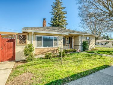 3831 58th Street, Sacramento, CA, 95820,