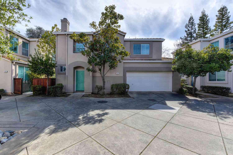 203 Towering Oaks Court, Folsom, CA, 95630,