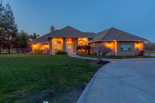 22642 Lone Oak Road