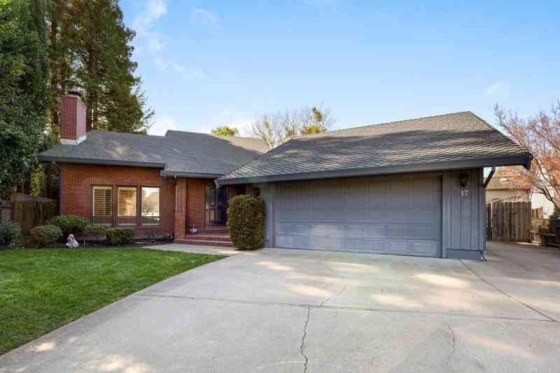 17 Hopland Court, Sacramento, CA, 95831,