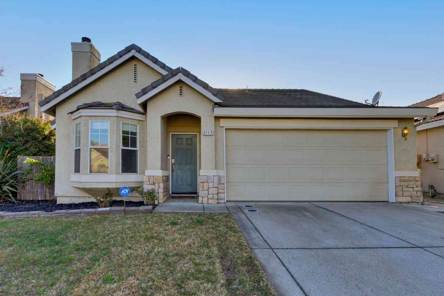 3717 POPPY HILL Way, Sacramento, CA, 95834,