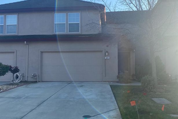 824 Grizzly Mesa Court
