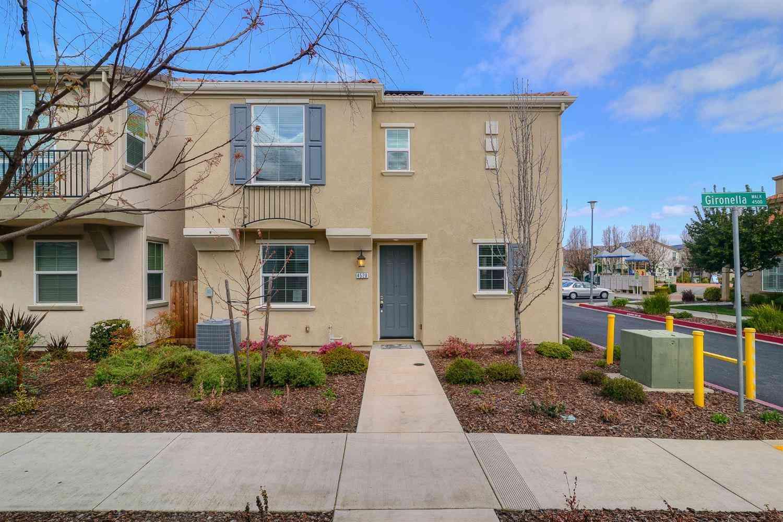 4520 Gironella Walk, Sacramento, CA, 95823,