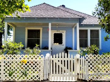 207 D Street, Roseville, CA, 95678,
