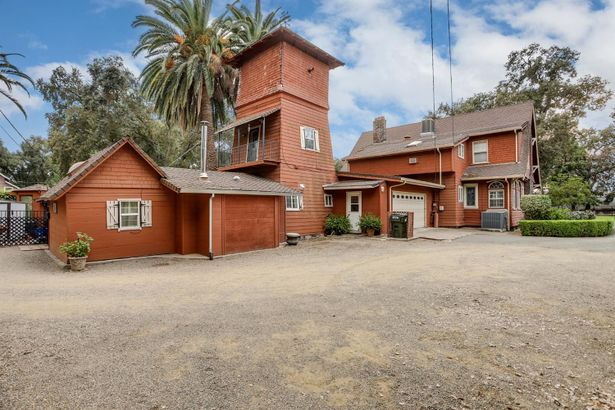 8632 Alhambra Avenue