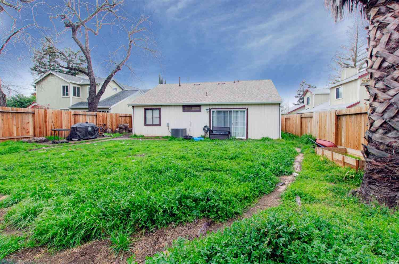 9483 Dartry Court, Elk Grove, CA, 95758,