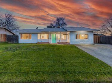7428 Rollingwood Boulevard, Citrus Heights, CA, 95621,