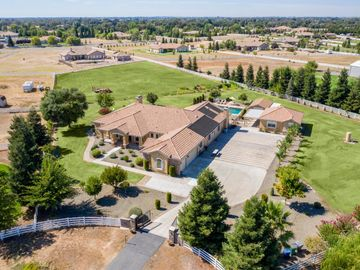 9400 Barrel Racer Court, Wilton, CA, 95693,
