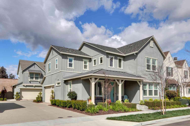 3285 Forney Way, Sacramento, CA, 95816,