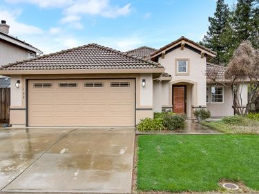 100 Andalusian Way, Roseville, CA, 95678,