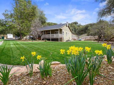 180 Sand Ridge Road, El Dorado, CA, 95623,