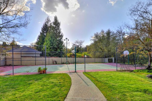 3855 Country Park Drive