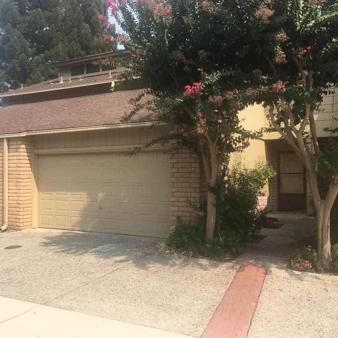 5648 Verner Oak #25, Sacramento, CA, 95841,