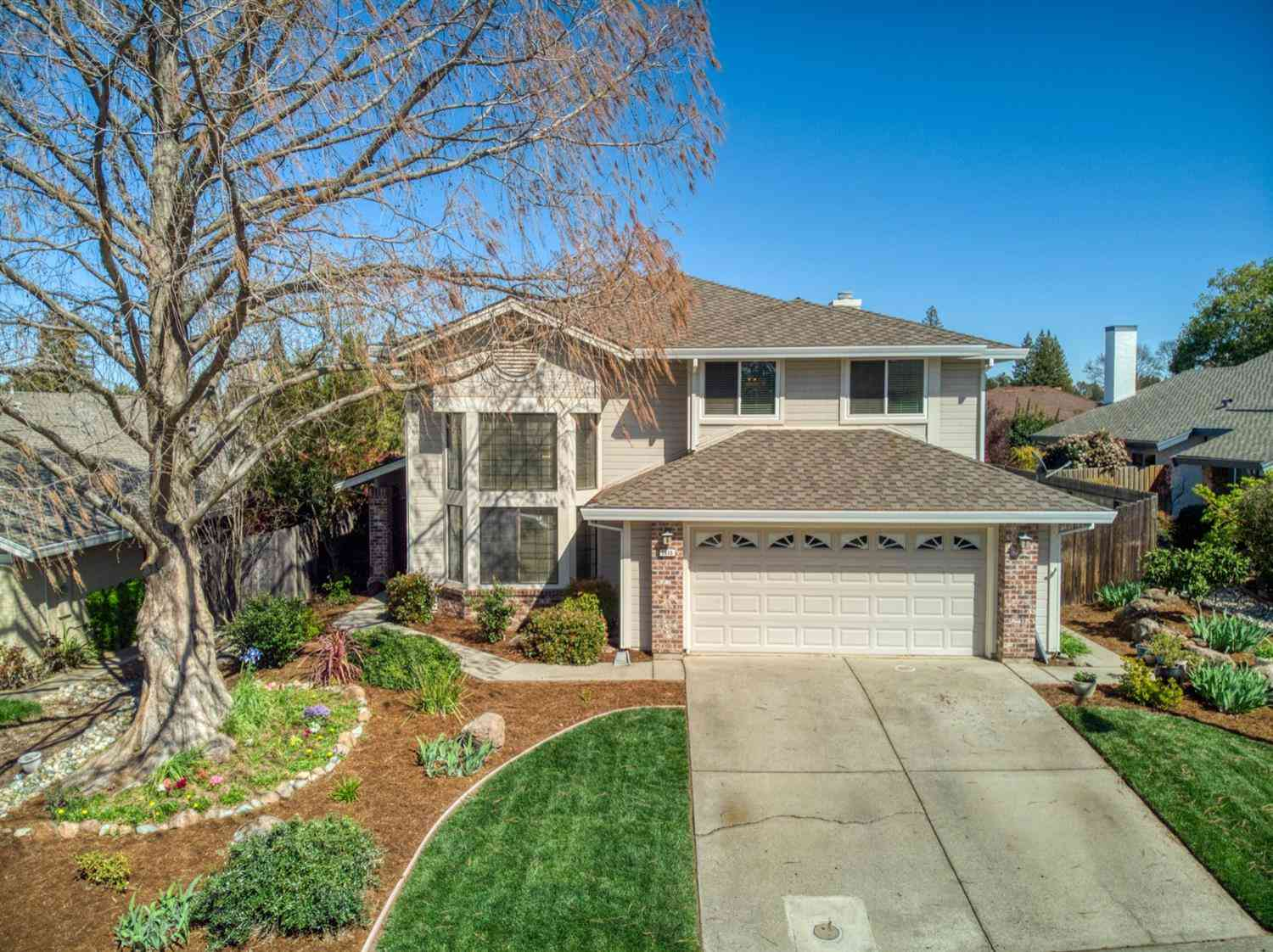 1515 E Colonial Parkway, Roseville, CA, 95661,
