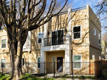 1928 6th Street, Sacramento, CA, 95811,
