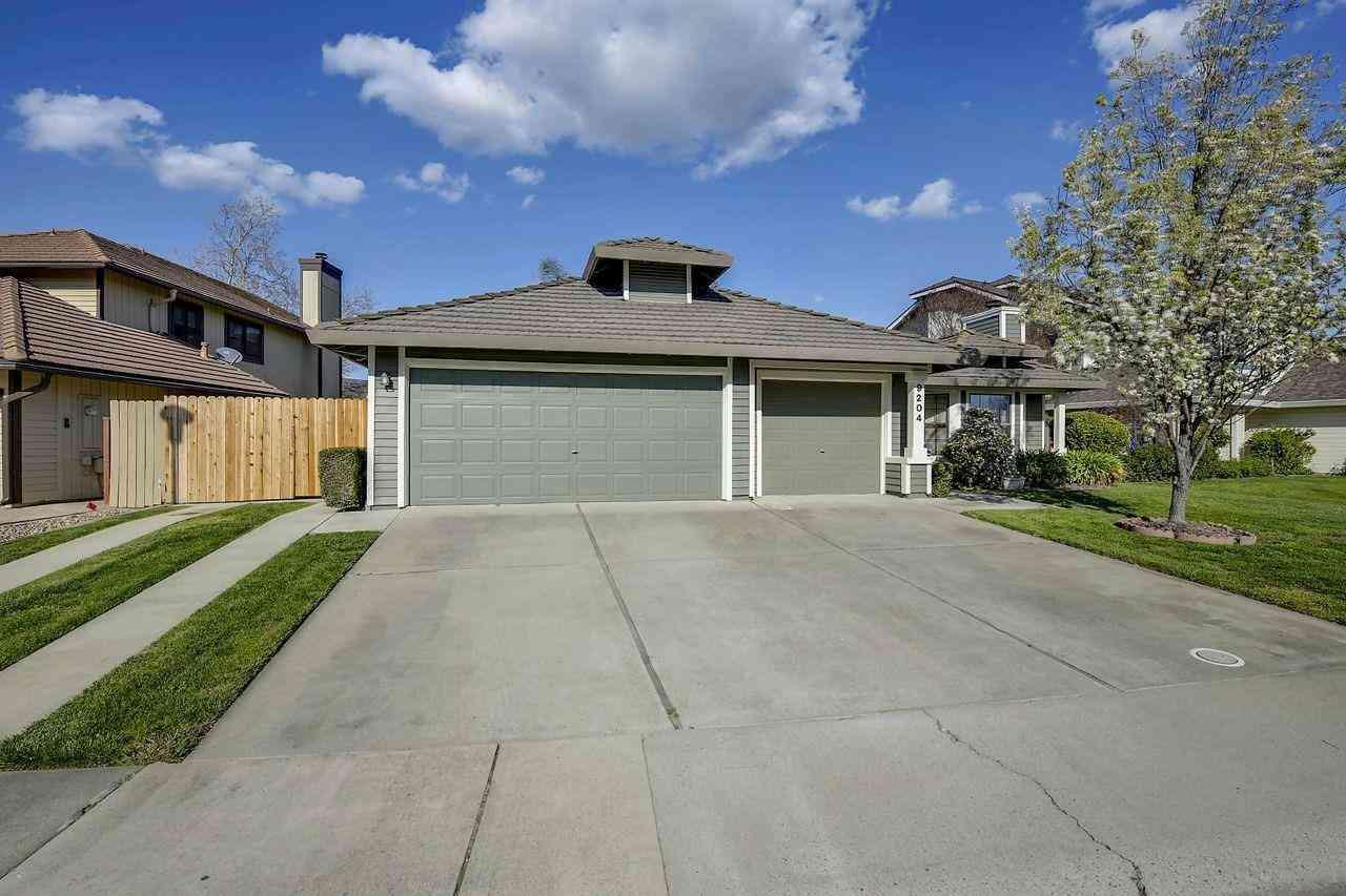 9204 Newington Way, Elk Grove, CA, 95758,