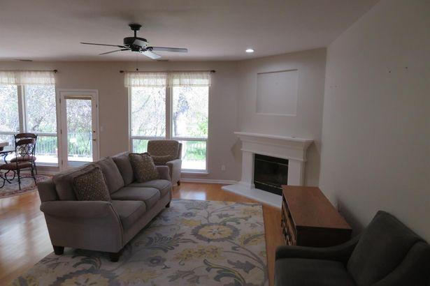 8001 Auburn Oaks Village Lane