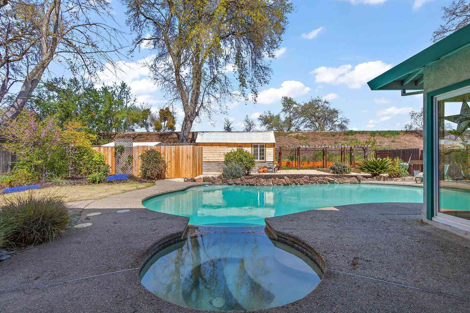 719 Clipper Way, Sacramento, CA, 95831,