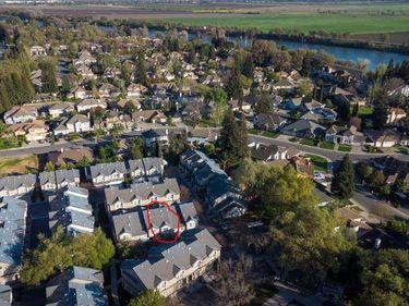 3 Park River Oak Court, Sacramento, CA, 95831,