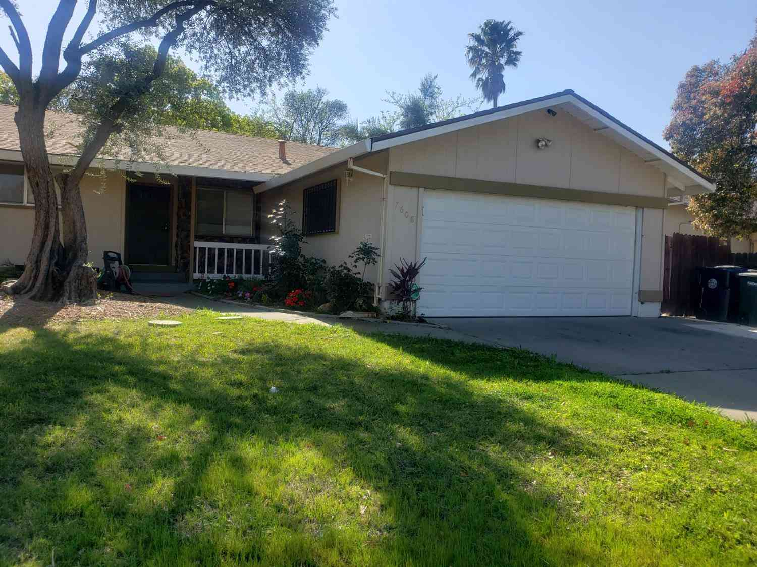 7608 Center Pkwy, Sacramento, CA, 95823,