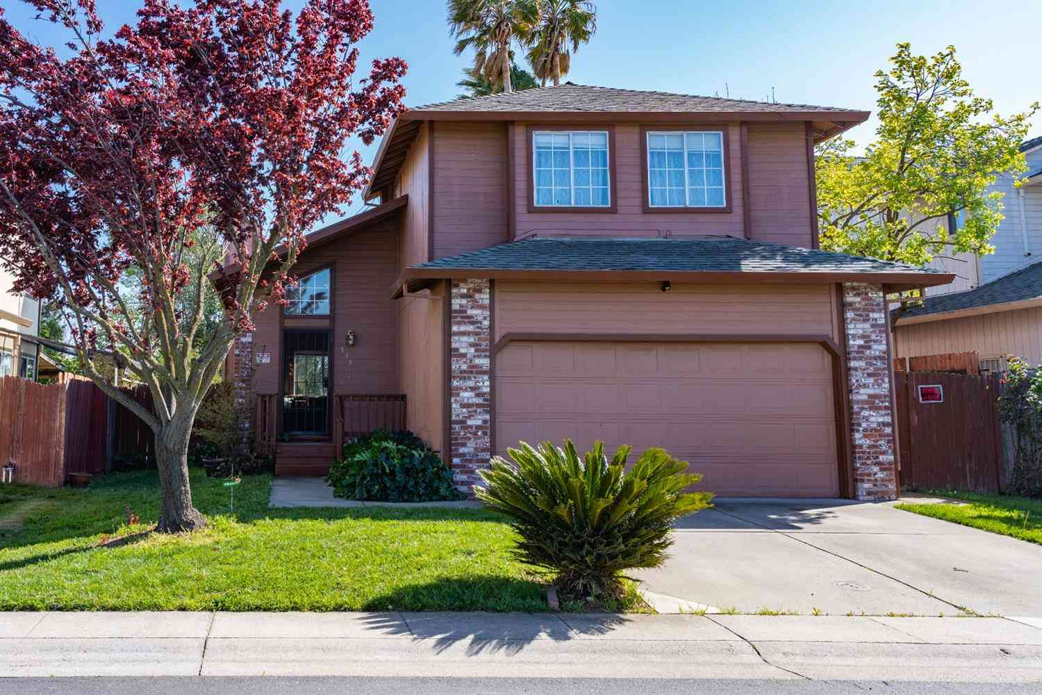 153 Creekside Circle, Sacramento, CA, 95823,