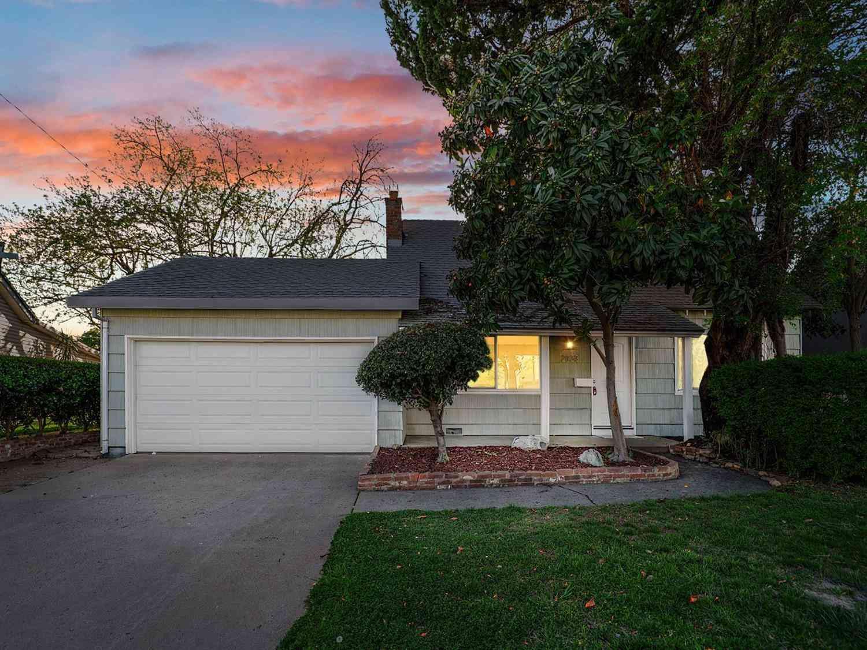 2133 Surrey Road, Sacramento, CA, 95815,
