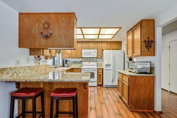 7006 Rancho Mirage Court
