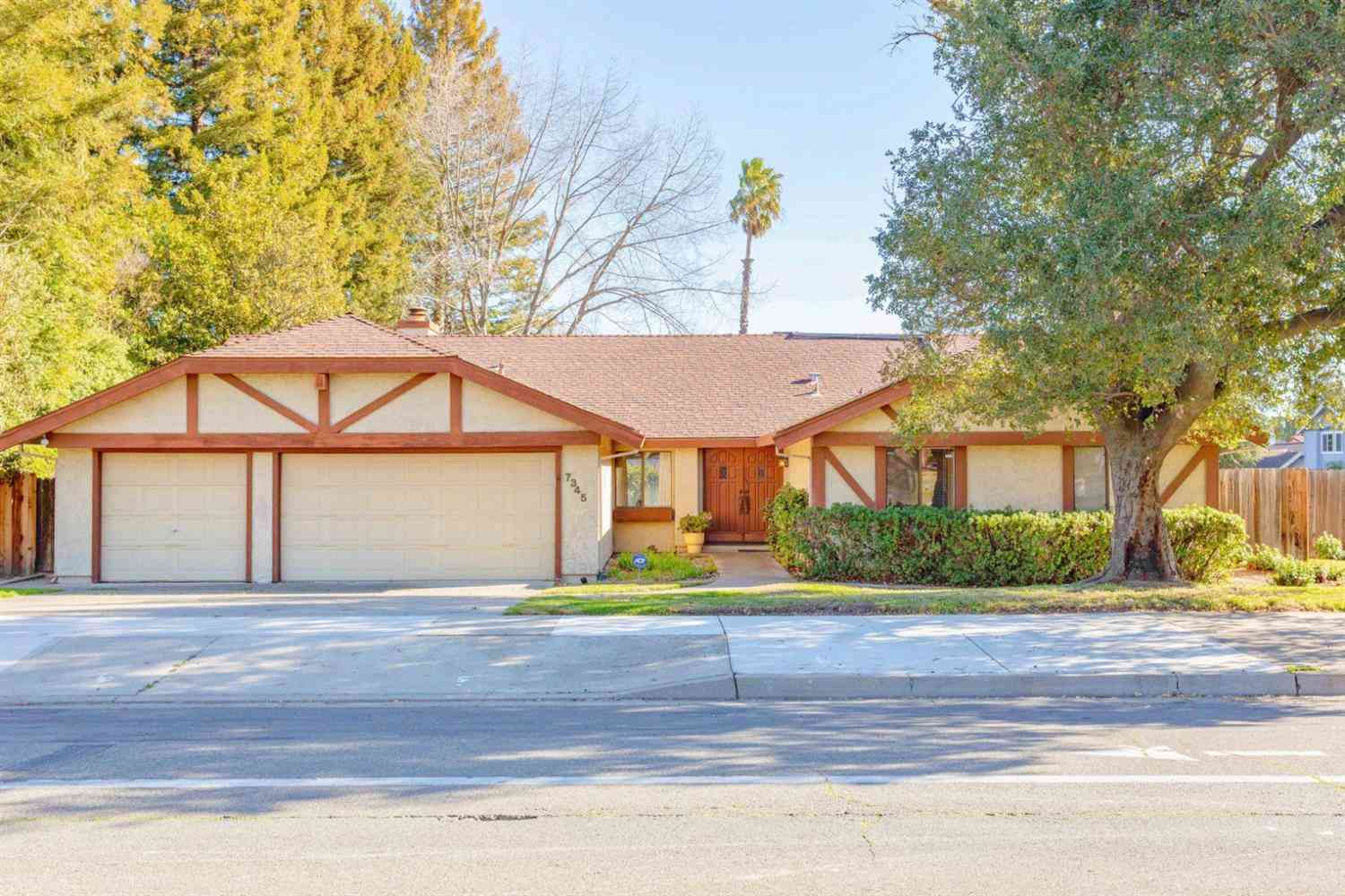 7345 Pocket Road, Sacramento, CA, 95831,