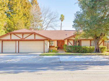 7345 Pocket Road, Sacramento, CA, 95831,