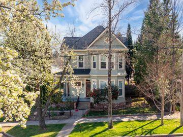30 Grass Valley Street, Colfax, CA, 95713,