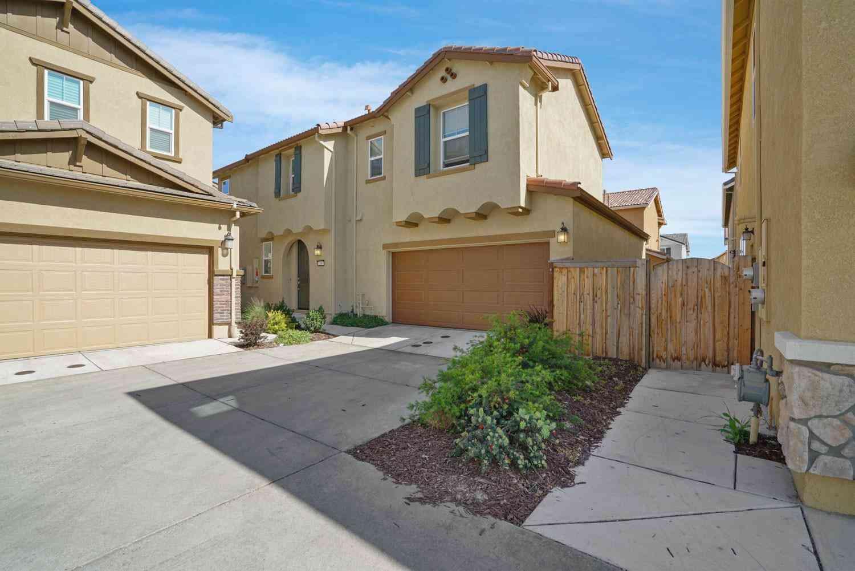 260 Uccello Way, Sacramento, CA, 95835,