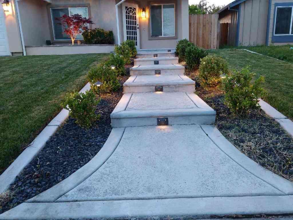 4051 La Tarriga Way, Sacramento, CA, 95823,